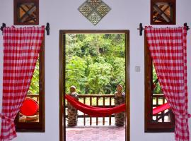 The Hangout@ EcoTravel, hotel di Bukit Lawang