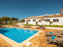 Casa Katarina - Private Villa - Heated pool - Free Wifi - Air Con, hotel near Tunes Train Station, Tunes