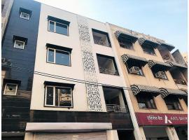 Olive Serviced Apartments - BLK and Ganga Ram Hospital, apartment in New Delhi