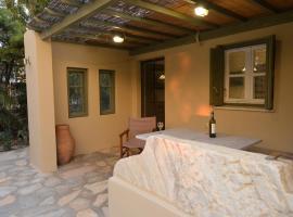 K-Homes Superior double, hotel near Agios Fokas Beach, Tinos Town