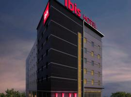ibis Kochi City Centre, hotel in Cochin