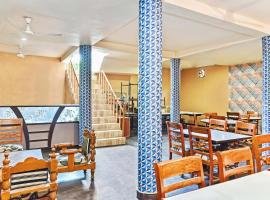 Vaccinated Staff- OYO 30915 Hotel Sidhi Vinayak And Restuarant, hotel in Bikaner