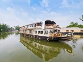 OYO 24611 Houseboat Water Cruise Sharing, boat in Alleppey