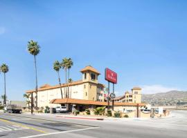 Ramada by Wyndham Burbank Airport, hotel near Hollywood Burbank Airport - BUR,