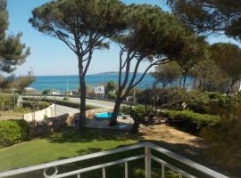 Appartement Villa Angelina, hotel near Beauvallon Golf, Grimaud