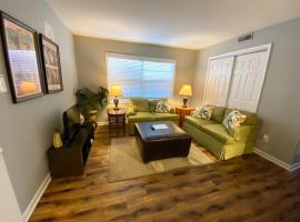 Comfy Downtown Condo, apartment in Raleigh