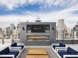 Solari, hotel with pools in New York
