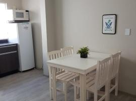 MELO APARTAMENTOS AV. BRASIL, apartment in Balneário Camboriú