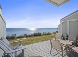 Stunning Gulf Front Townhouse! Direct Access to Beach Living! Cerro Azul, hotel in Santa Rosa Beach