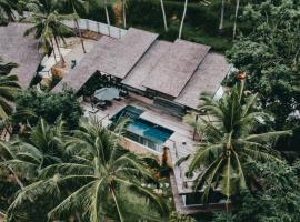 Kirikan Villas, Luxury Seaview Pool Villas in the Jungle, beach hotel in Selong Belanak