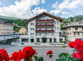 Hotel Genziana, hotel a Ortisei