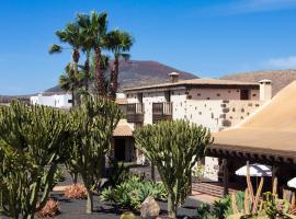 Hotel Boutique Oasis Casa Vieja, hotel in La Oliva