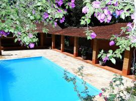 Hotel Bougainville, hotel near Chocolate House, Penedo