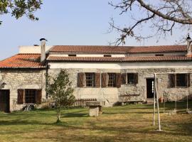 Casa da Lomba II, casa o chalet en Lomba