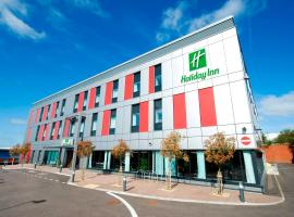 Holiday Inn London Luton Airport, an IHG hotel, hotel in Luton