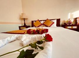 NINH KIEU 2 HOTEL, hotel in Can Tho