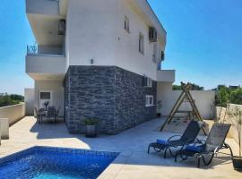 Villa White Jasmin, luxury hotel in Medulin