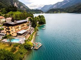 Albergo Mezzolago, hotel near Lago di Ledro, Mezzolago