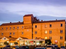 Hotel Plaza De La Paz, hotel in Haro