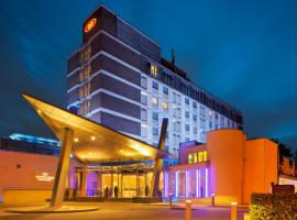 Crowne Plaza London - Gatwick Airport, an IHG hotel, hotel near London Gatwick Airport - LGW,