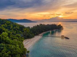 Sutera Sanctuary Lodges At Manukan Island, hotel near Tunku Abdul Rahman Park, Kota Kinabalu