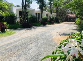 Hana Resort, hotel in Sihanoukville