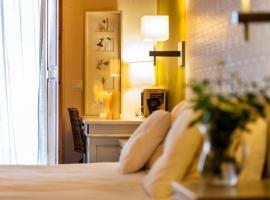 Hotel Boutique Niu de Sol, hotel a prop de Camp de golf Peralada, a Palau-saverdera