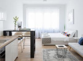150sqm Main Square Apt!-4 Units-Great for Groups!, apartment in Zagreb