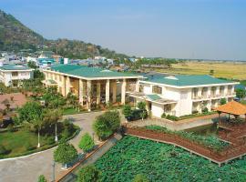 KHÁCH SẠN BẾN ĐÁ NÚI SAM, hotel in Chau Doc