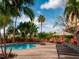 Sheraton Suites Fort Lauderdale at Cypress Creek, hotel near Palm Aire Country Club, Fort Lauderdale