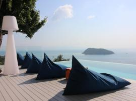Bluerama - Adults Only, hotel in Haad Pleayleam
