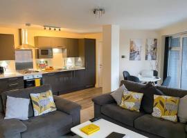 13 The Grosvenor, luxury flat, central Newmarket,, hotel near Newmarket Racecourse, Newmarket