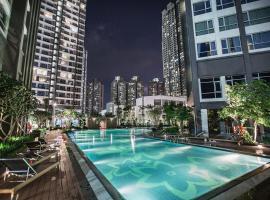 Hoasun Boutique Apartment - Vinhomes Central Park, hotel near Landmark 81, Ho Chi Minh City