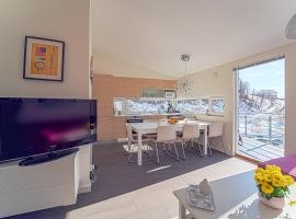 Three-Bedroom Apartment, Hotel in der Nähe von: Trollekspressen, Tjørhom