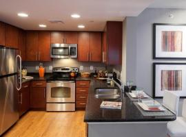 Denver Lodo 30 Day Rentals, apartment in Denver