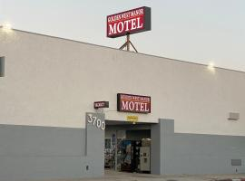 Golden West Manor Motel, hotel near Natural History Museum of Los Angeles County, Los Angeles