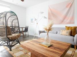 Sonder — The Millennium, vacation rental in San Diego