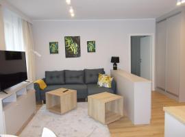 Kwartał Róży Wiatrów Apartament 21, pet-friendly hotel in Świnoujście