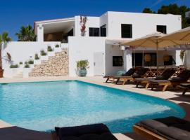 The Perfect Luxury Villa with Sensational Sea Views, Ibiza Villa 1063, hotel in Talamanca