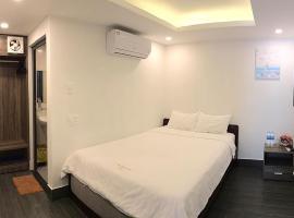 Khách Sạn Trường An, hotel near Alexandre Yersin Museum, Nha Trang