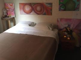 Hridaya s happy art home, apartment in Hoorn