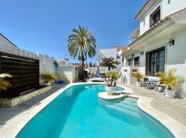 EXCLUSIVO CON PISCINA PRIVADA, BARBACOA Y LAS MEJORES PLAYAS A 500 Metros, lägenhet i Marbella