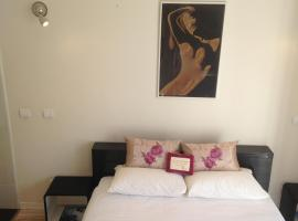 Le Christina-La Madeleine Apartment, boutique hotel in Nice