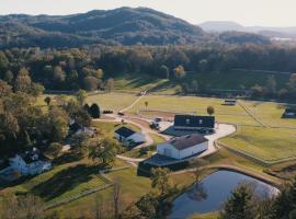 The Horse Shoe Farm, hotel in Hendersonville