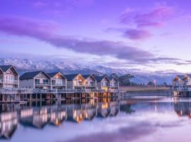The Lake Resort - Heritage Collection, resort in Cromwell
