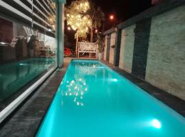 Monza Villa, khách sạn ở Sầm Sơn