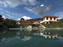 Amritara Ambatty Greens Resort, family hotel in Virajpet