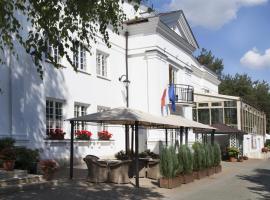Klub Sosnowy, resort in Warsaw
