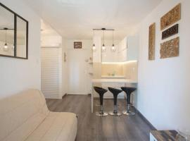 Coudouliere, hotel in Six-Fours-les-Plages