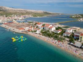 Rooms and Apartments Galeb -Beach side, guest house in Pag